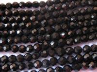 6mm apvalių briaunotų juodų kristalų juosta
